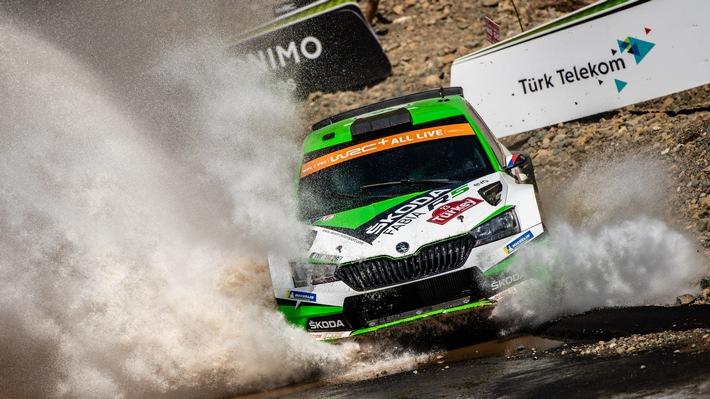 Rallye Türkei Marmaris: Kopecky Zweiter in der WRC 2 Pro – SKODA baut WRC 2 Pro-Meisterschaftsführung aus