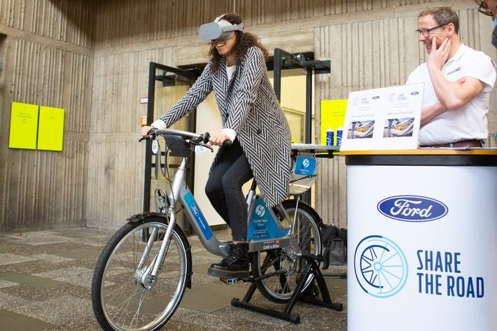 """Ford engagiert sich mit VR-Brille """"WheelSwap"""" für mehr Rücksichtnahme im Straßenverkehr"""