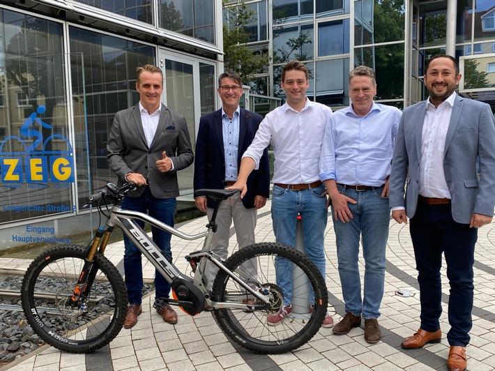 Zweirad-Spezialist trifft Mobilitäts-Dienstleister: Santander und ZEG kooperieren