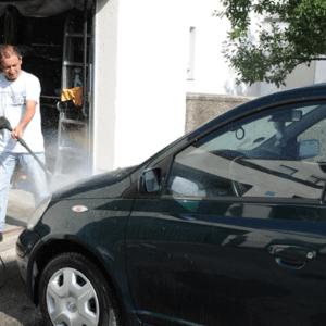 Auto waschen auf dem Privatgrundstück?