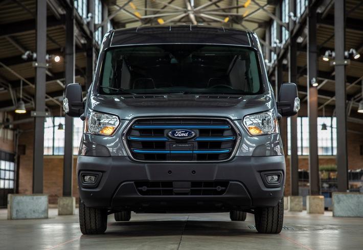 Ford präsentiert den neuen E-Transit – erste voll-elektrische Variante der global erfolgreichen Nutzfahrzeug-Modellreihe