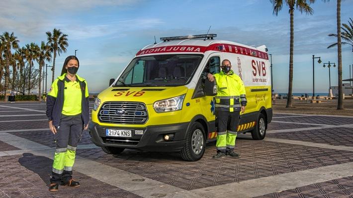 """Erste Folge der neuen """"Lifesavers""""-Videoreihe von Ford begleitet eine Rettungssanitäterin, die ihren Traum lebt"""