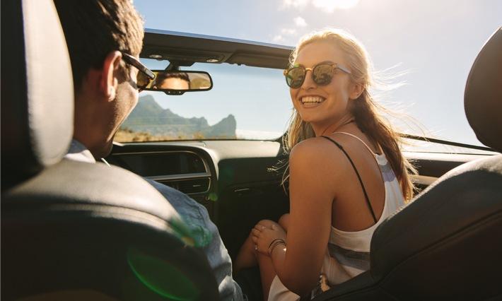 Cabriofahren 2021: Die richtige Absicherung, damit oben offen so richtig Spaß macht