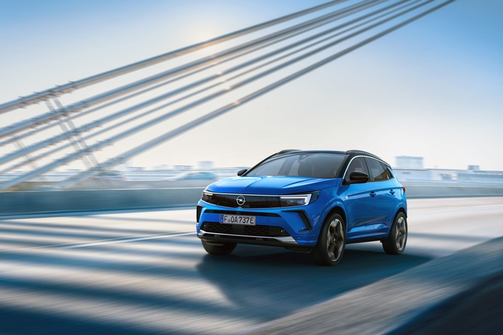 Neuer Opel Grandland mit starkem Styling, digitalem Cockpit und führenden Technologien