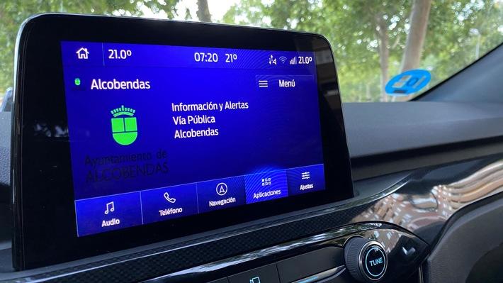 Ford erprobt Messaging-System mit kommunaler Daten-Anbindung für sicheres und effizientes Fahren in der Stadt
