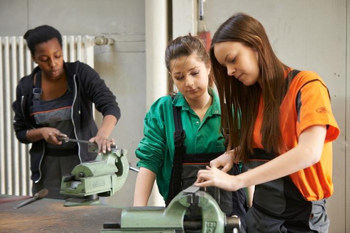 Ford startet die Bewerbungsphase für alle Ausbildungen und dualen Studiengänge ab Herbst 2022