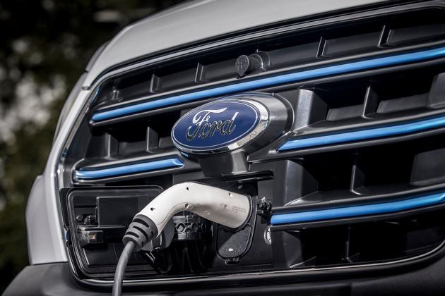 Ford E-Transit kurz vor Markteinführung – bereits jetzt testen Flotten das voll-elektrische Nutzfahrzeug auf der Straße