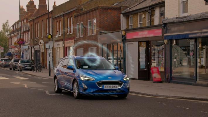 """Ford entwickelt vernetzte """"Road Safe""""-Technologie zur Vorhersage von potenziellen Unfällen"""