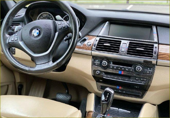 Sie möchten Ihren Unfallwagen oder Ihr Auto ohne TÜV zum Bestpreis verkaufen? Dann kontaktieren Sie den Autoankauf Paderborn