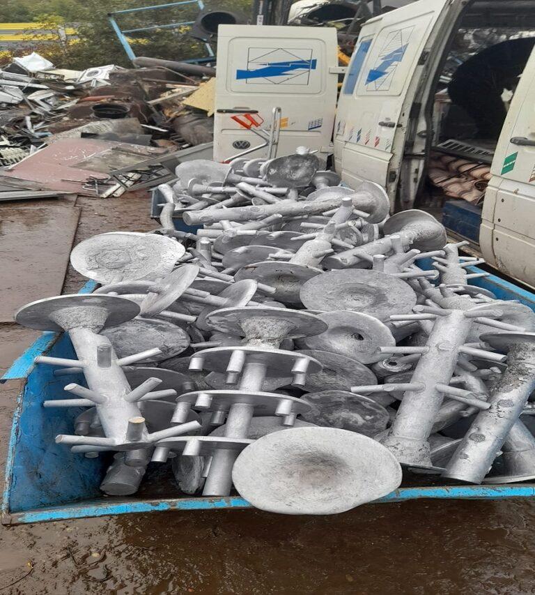 Die Schrottabholung Viersen bietet die Abholung von Schrott sowie den Ankauf von Metallschrott in ganz NRW