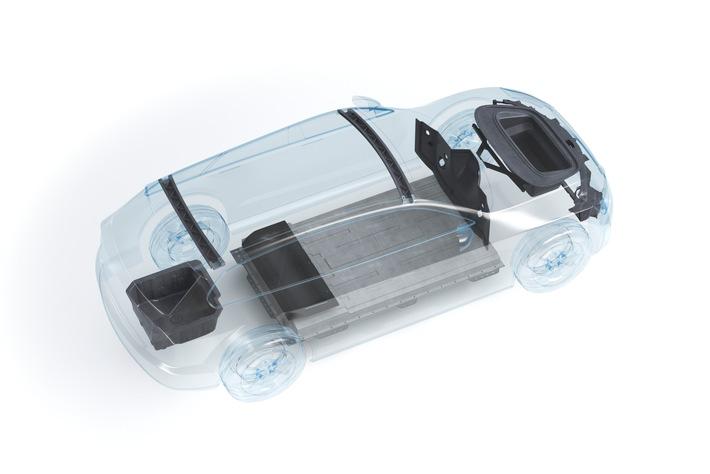 Röchling Automotive setzt vermehrt auf Strukturleichtbau mit Faser‑Kunststoff-Verbunden